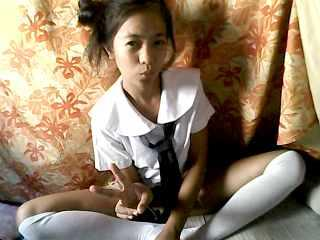 Asian Babe Cams - Famour_Star